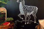 Роспись стен, мебели.