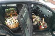 Выполнил около 1000 доставок цветов!