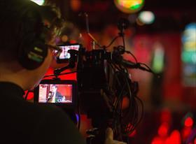 TV, телемосты, прямые трансляции,эфиры,концертные выступления,