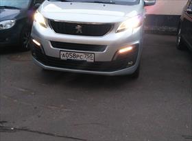 Минивэн Peugeot Traveller
