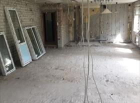 Демонтаж стен в трехкомнатной квартире, деревянных полов с лагами